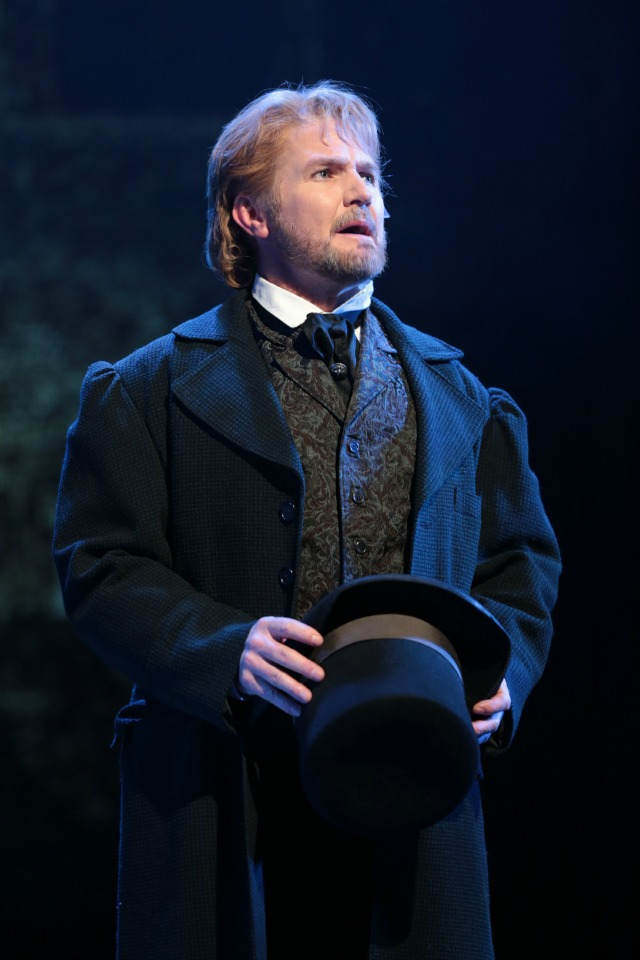 Ivan Rutherford, Les Miserables