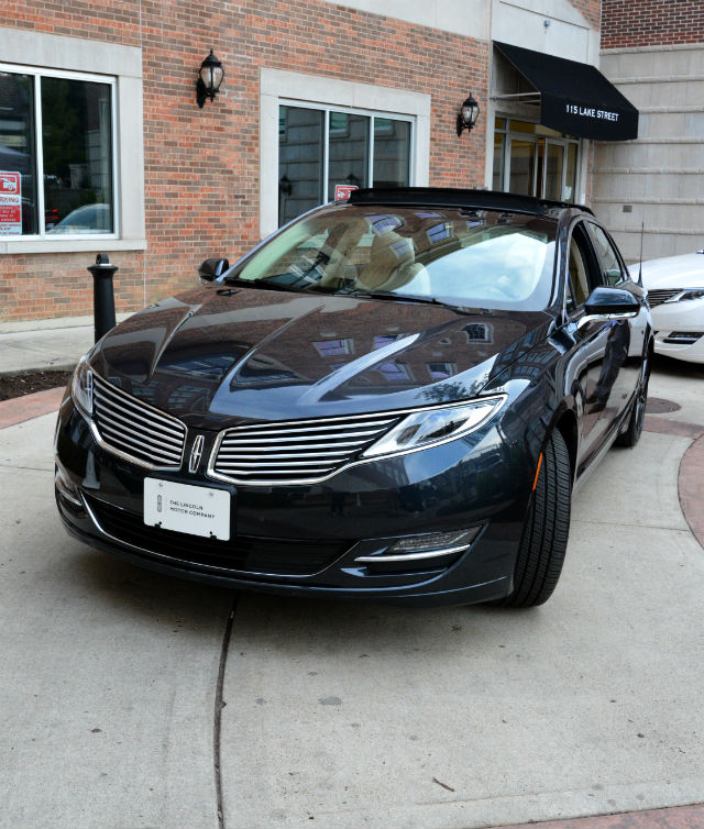 Front View Lincoln MKZ hybrid