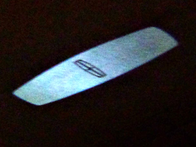 Lincoln MKC Lighted Logo Greeting1