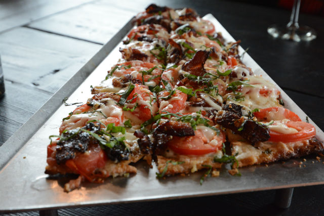 Granite City Maple Pepper Bacon and Tomato Flatbread