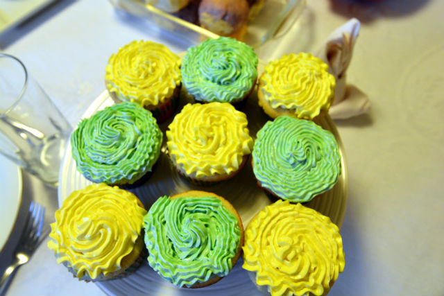 HoneyBaked Easter Cupcakes
